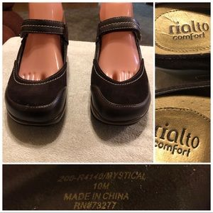 Rialto Comfort leather Clogs size 10
